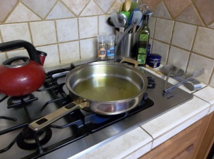 Start getting a large skillet of several tablespoons of olive oil heated.